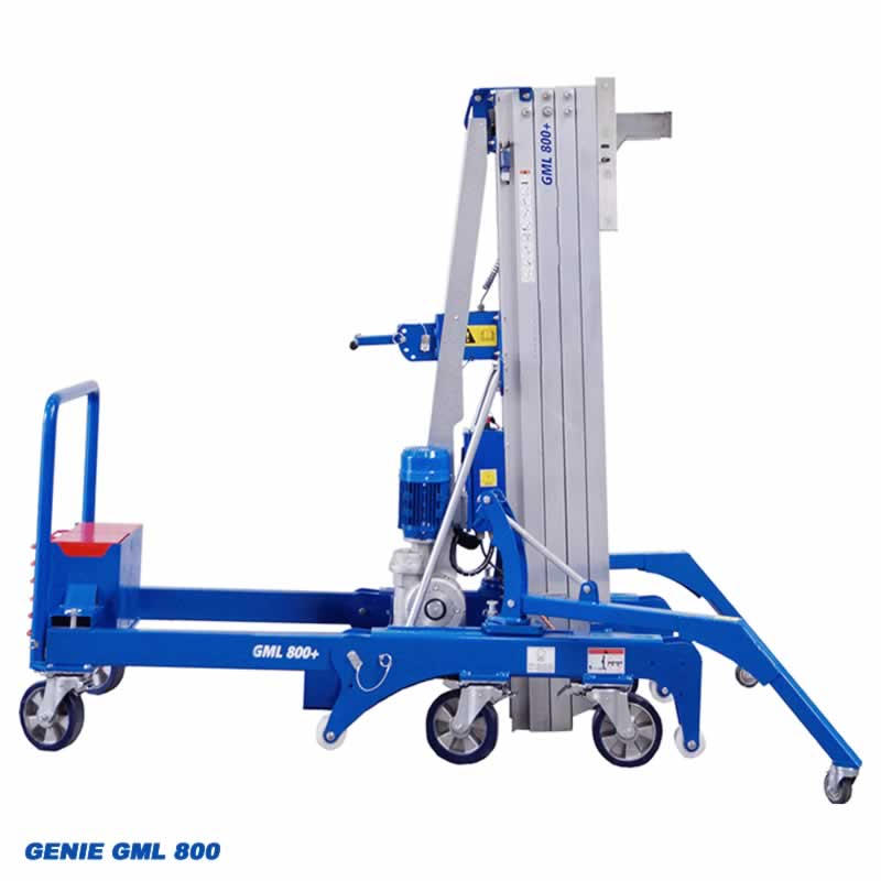 Genie GML 800 with outriggers